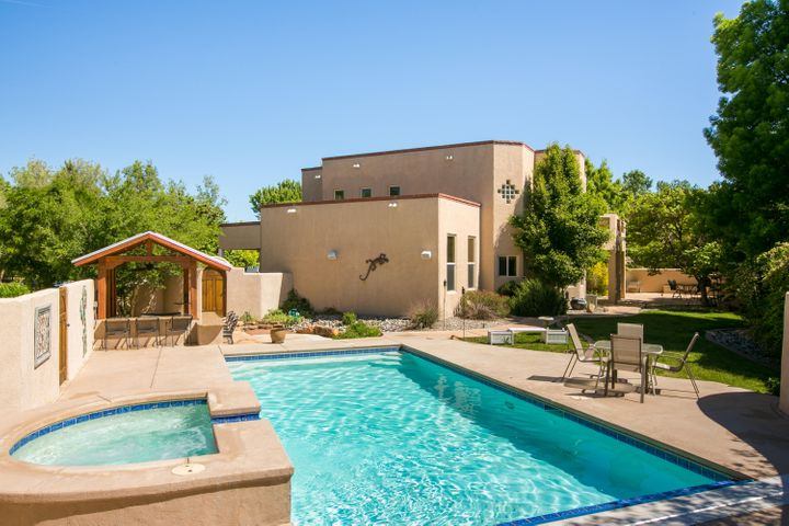 2604 Bosque Del Sol Lane NW, Albuquerque, NM 87120