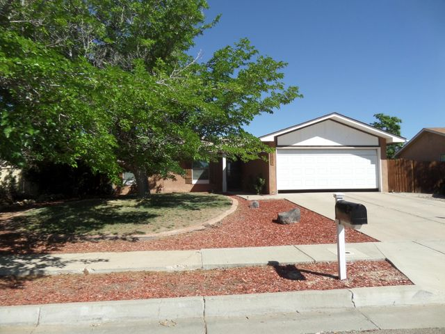 5821 Open Sky Drive NW, Albuquerque, NM 87120