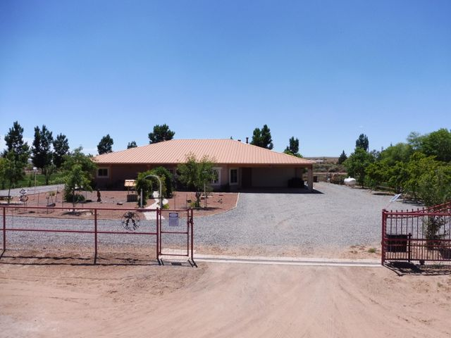 27 Cielo Vista Road, Belen, NM 87002