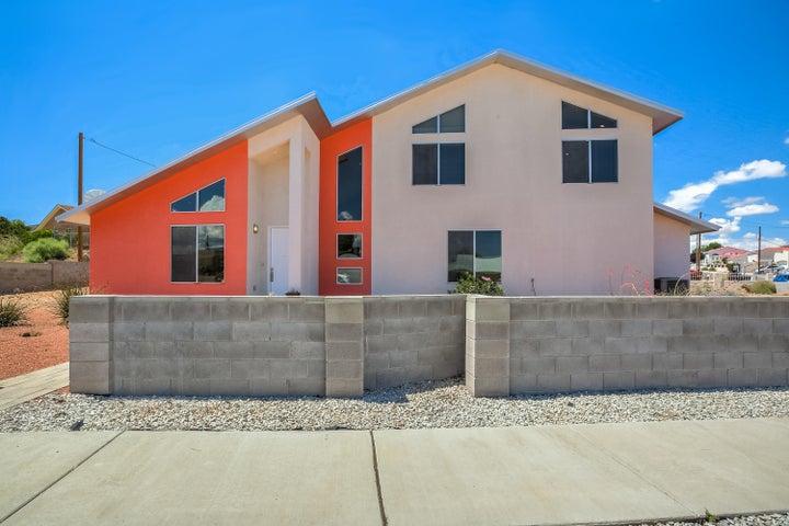 4808 Benton Avenue NW, Albuquerque, NM 87114