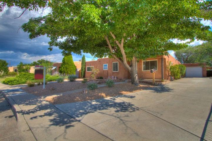 4914 Palo Alto Avenue SE, Albuquerque, NM 87108