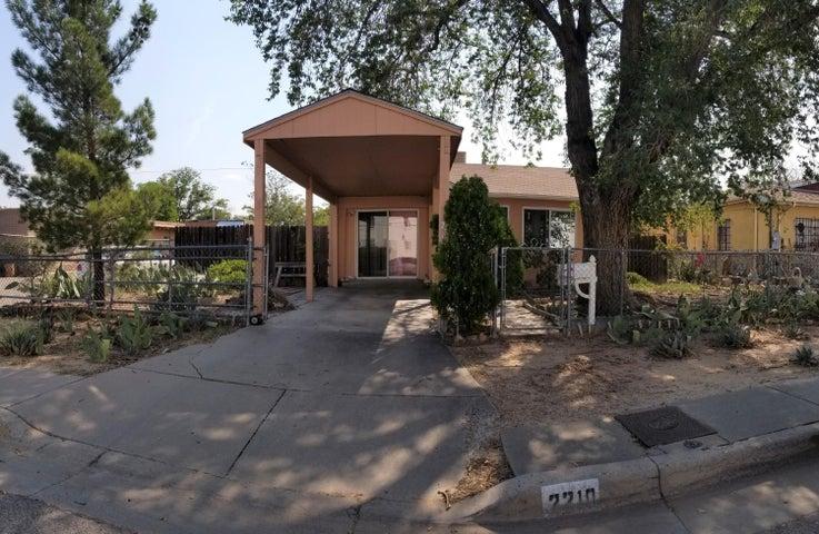2210 Commercial Street NE, Albuquerque, NM 87102