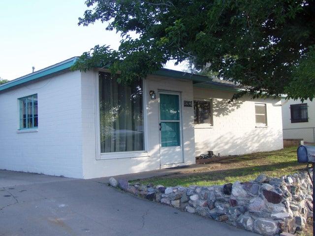 8907 Fairbanks Road NE, Albuquerque, NM 87112