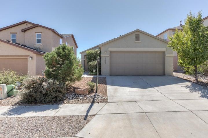 10628 Hilgenberg Lane SW, Albuquerque, NM 87121