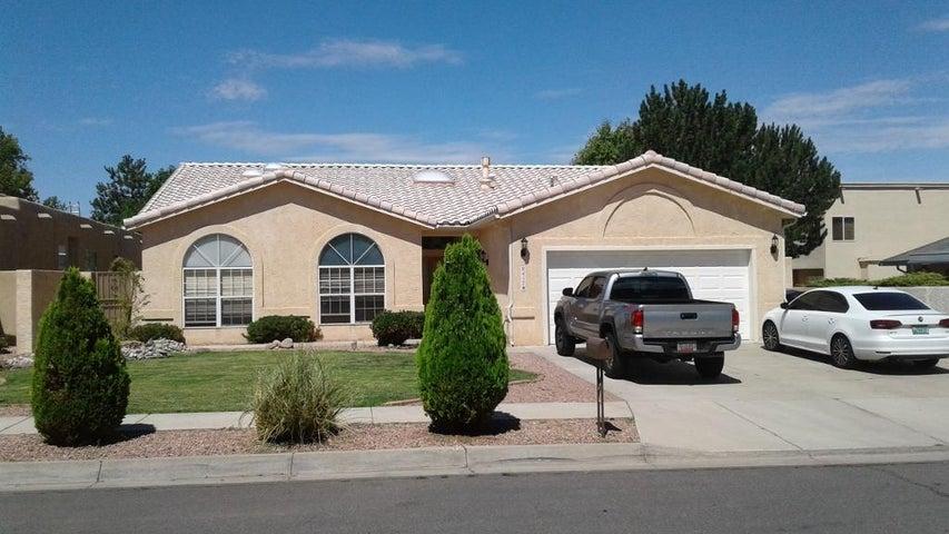8417 Sonoma Valley NE, Albuquerque, NM 87122