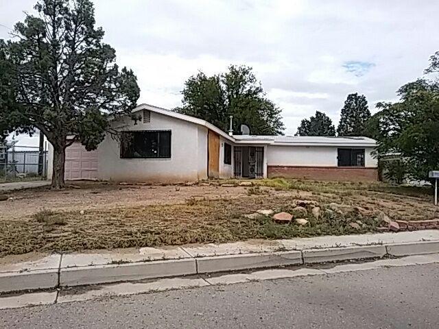 5307 Cloudcroft Road NW, Albuquerque, NM 87105