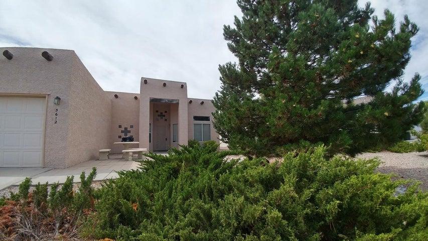 5612 Sicily Road NW, Albuquerque, NM 87114