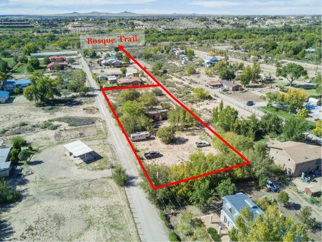 1917 Gabaldon Court NW, Albuquerque, NM 87104