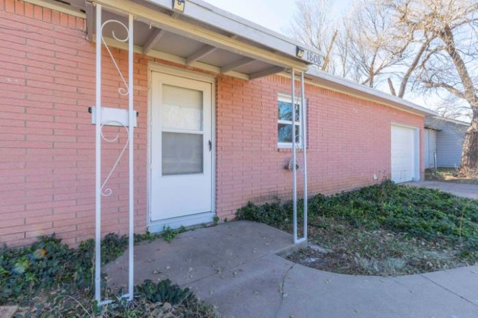 1808 8TH AVE, Canyon, TX 79015
