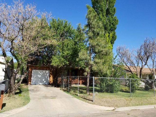 513 Heights Ave, Dalhart, TX 79022