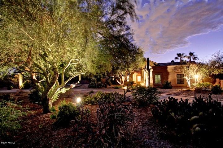 8057 E JUAN TABO Road, Scottsdale, AZ 85255