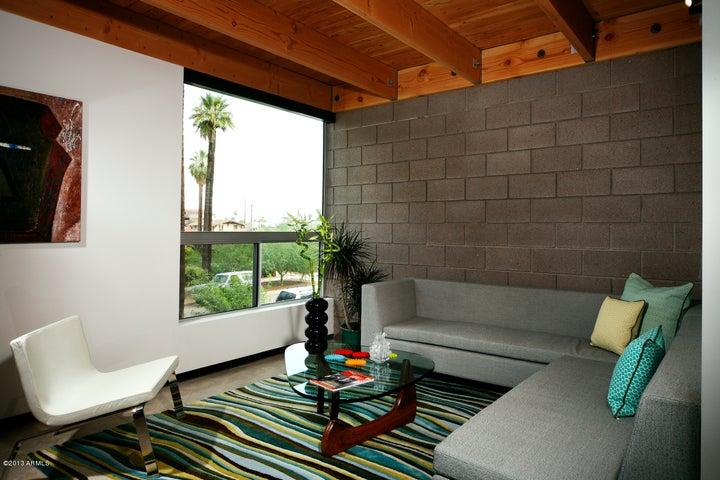 525 E WILLETTA Street, 1, Phoenix, AZ 85004