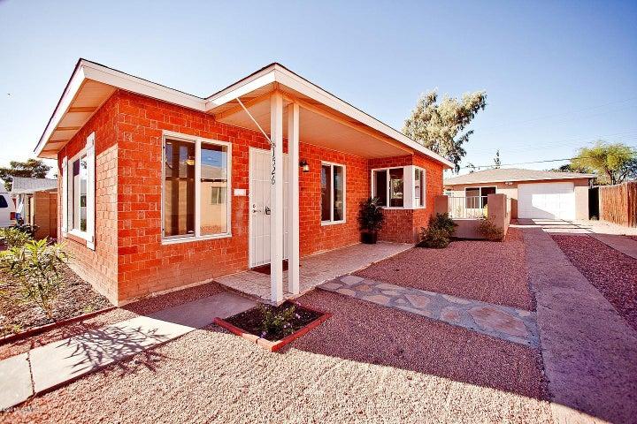 1526 E Cambridge Avenue, Phoenix, AZ 85006