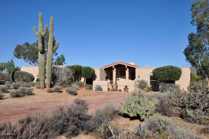 36631 N NEVER MIND Trail, Carefree, AZ 85377