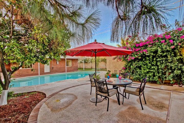 701 W VERNON Avenue, Phoenix, AZ 85007