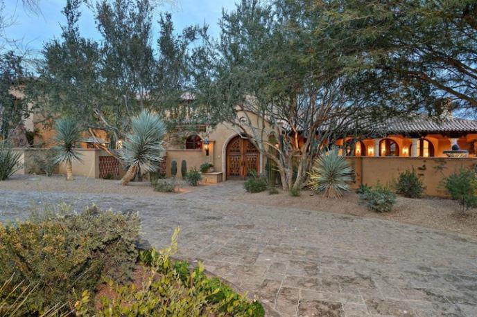 5515 N SAGUARO Road, Paradise Valley, AZ 85253