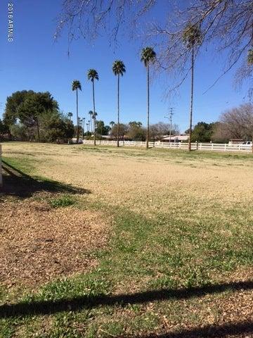 10 W BETHANY HOME Road, -, Phoenix, AZ 85013