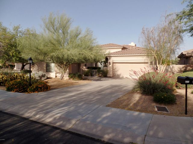 Papago Buttes gated with private streets