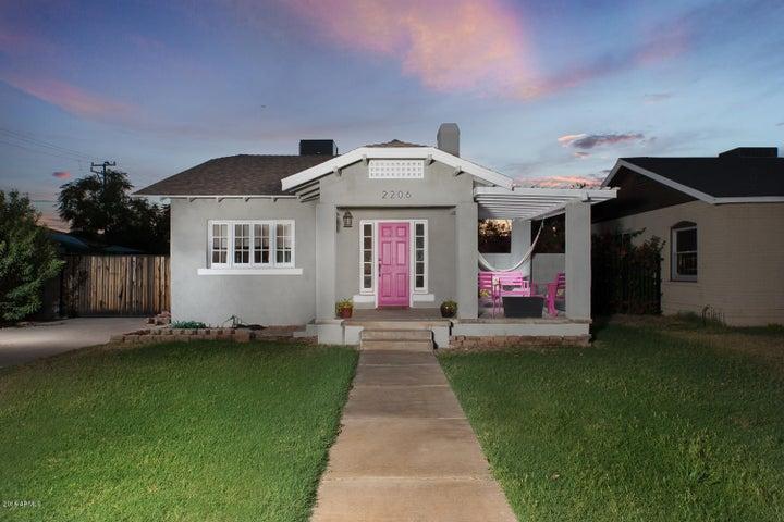 2206 N RICHLAND Street, Phoenix, AZ 85006