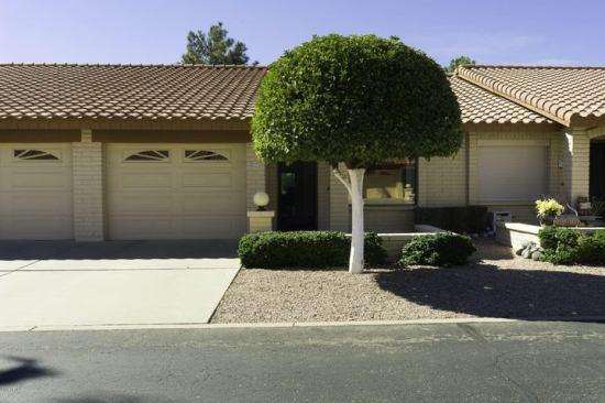 1 bedroom, 1.75 bathrooms, 1 car garage, golf course lot.