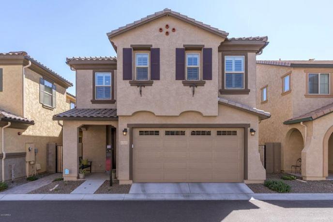 4737 E Betty Elyse Lane, Phoenix, AZ 85032