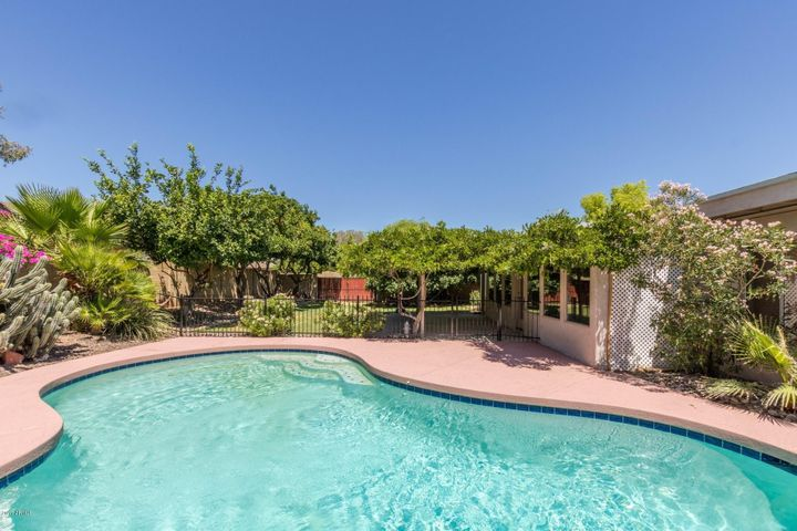 5256 E MARCONI Avenue, Scottsdale, AZ 85254