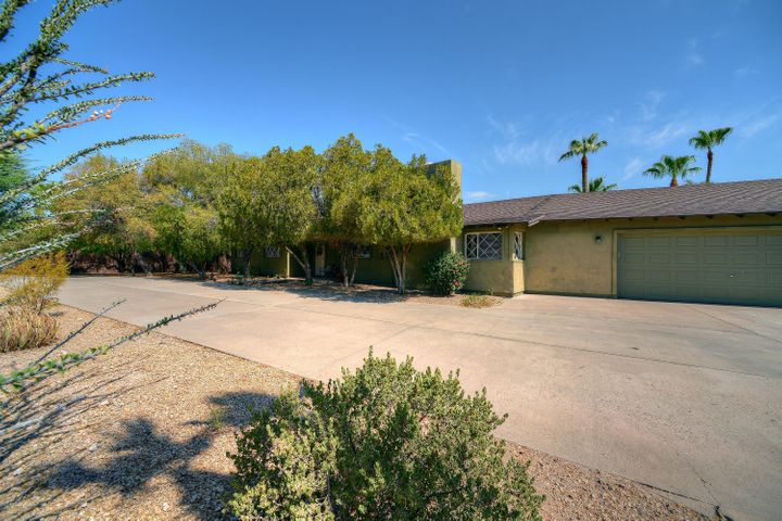 5912 E OAK Street, Scottsdale, AZ 85257