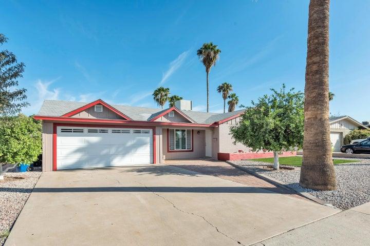 2204 W EDGEWOOD Avenue, Mesa, AZ 85202