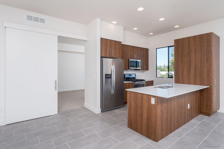 7300 E EARLL Drive, 4002, Scottsdale, AZ 85251