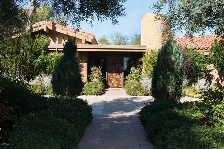 4724 E ROAD RUNNER Place, Paradise Valley, AZ 85253