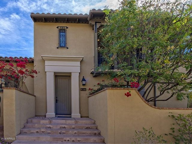 Huge curb appeal throughout the DC Ranch Courtyard Villa community