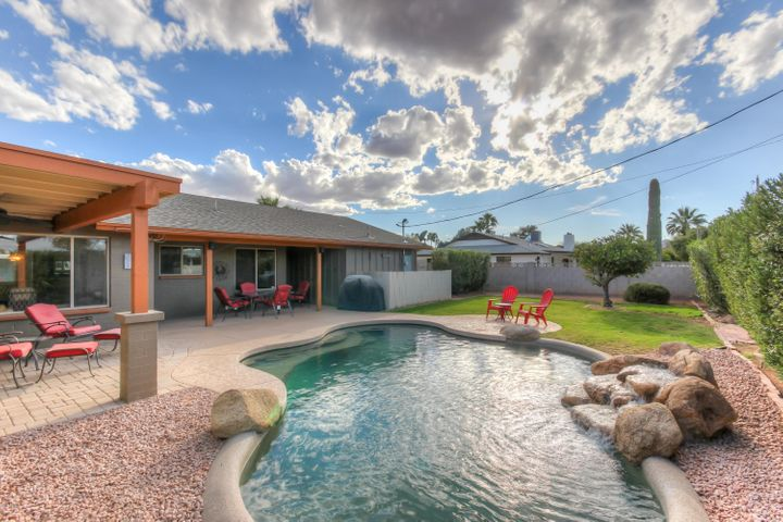8732 E SANDALWOOD Drive, Scottsdale, AZ 85250