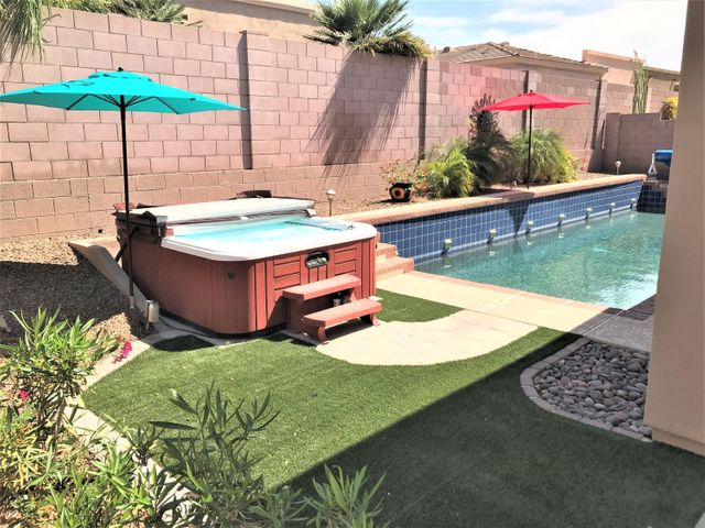 Private Upgraded Pool and Spa
