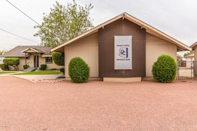 2011 W Lawrence Road, Phoenix, AZ 85015