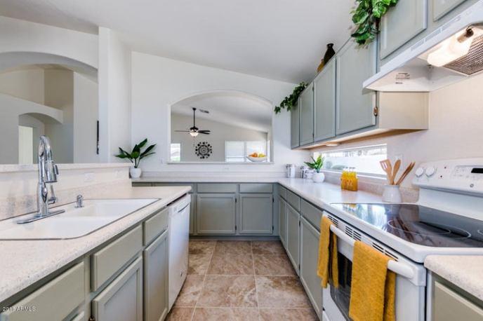 Modern Kitchen!