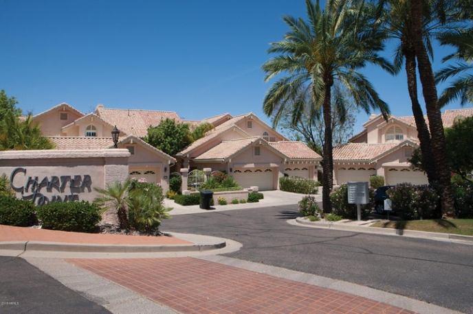 10390 E LAKEVIEW Drive, 105, Scottsdale, AZ 85258
