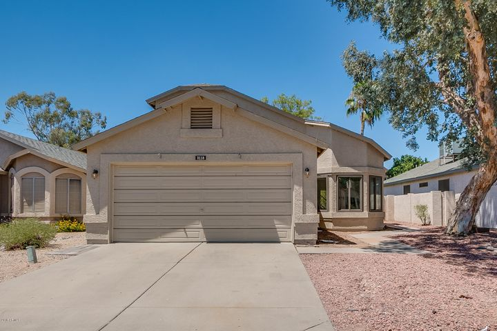 3118 E TOPEKA Drive, Phoenix, AZ 85050