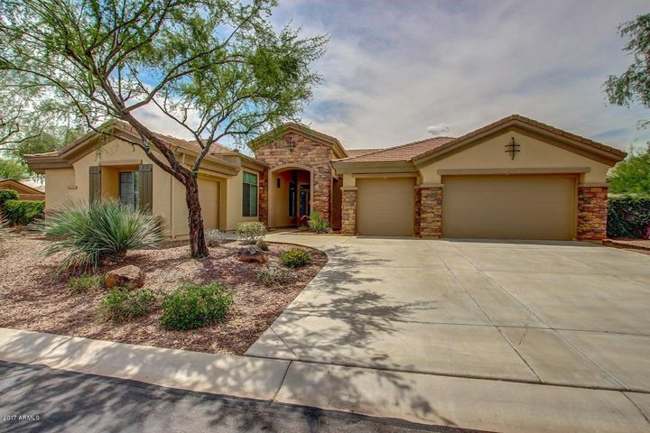 40624 N CLUB POINTE Drive, Phoenix, AZ 85086