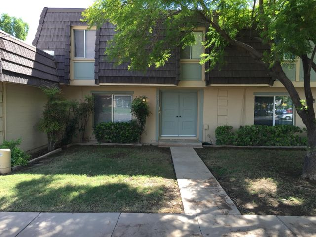 1525 E SOUTHERN Avenue, Tempe, AZ 85282