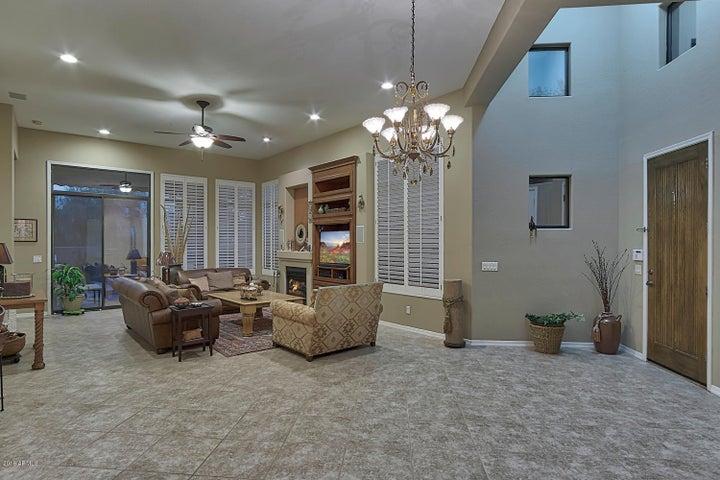 9270 E THOMPSON PEAK Parkway, 357, Scottsdale, AZ 85255
