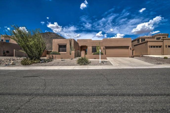 6028 W ROBIN Lane, Glendale, AZ 85310