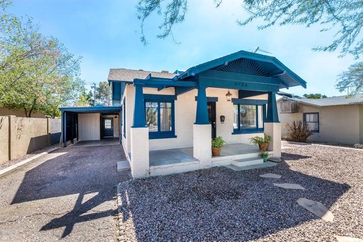 1731 E EARLL Drive, Phoenix, AZ 85016
