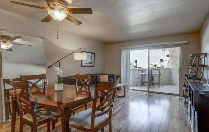 A dining room to entertain all of your friends!