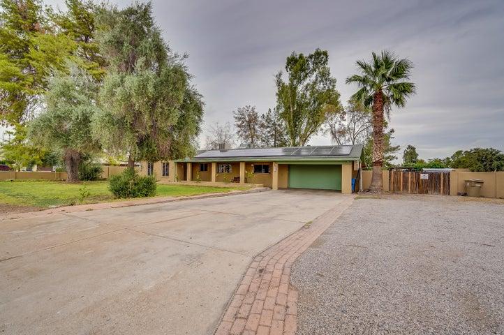 3627 W TOPEKA Drive, Glendale, AZ 85308