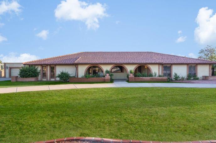 7429 W GROVERS Avenue, Glendale, AZ 85308