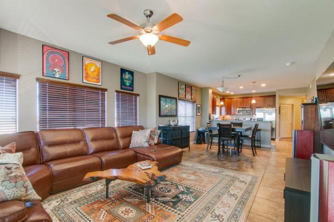 5350 E DEER VALLEY Drive, 3402, Phoenix, AZ 85054