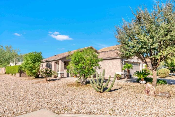28612 N ZIRCON Court, San Tan Valley, AZ 85143