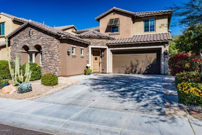 3752 E COVEY Lane, Phoenix, AZ 85050
