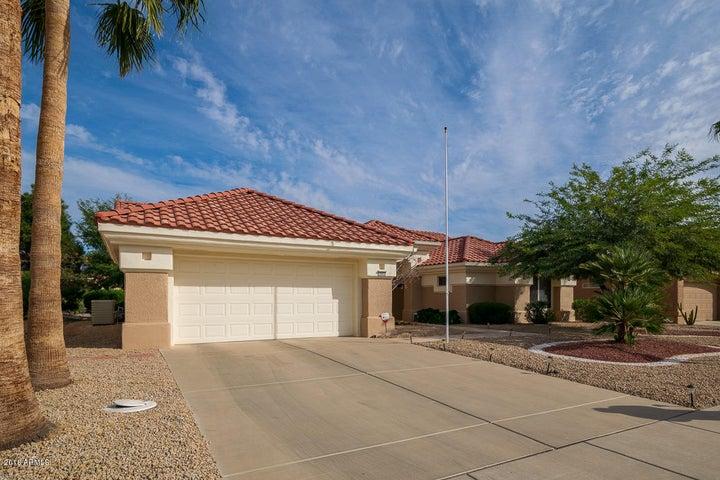 15932 W FALCON RIDGE Drive, Sun City West, AZ 85375
