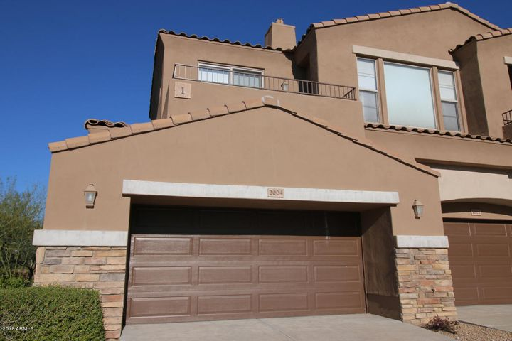 End unit with desert and mountain views